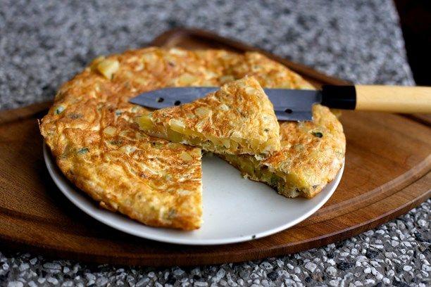 Marockansk tortilla (potatiskaka). Foto: Tomas Tengby/Sveriges Radio