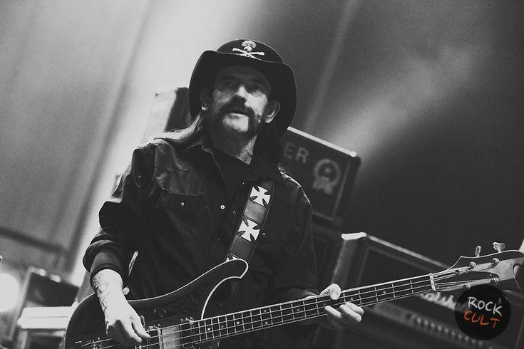 24 декабря – день рождения Лемми Килмистера - http://rockcult.ru/24-december-lemmy-kilmister-b-day/