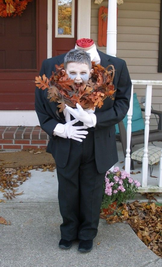 Made out of all recycled materials, this Headless Man costume will get  everyone\u0027s attention! A fabulous original idea for this Halloween!