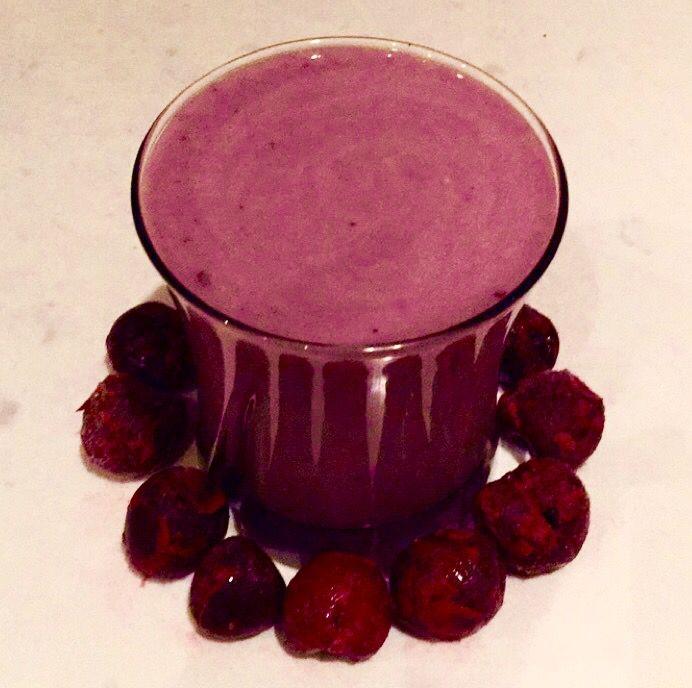 Frozen #cherry #banana #yogurt #smoothie