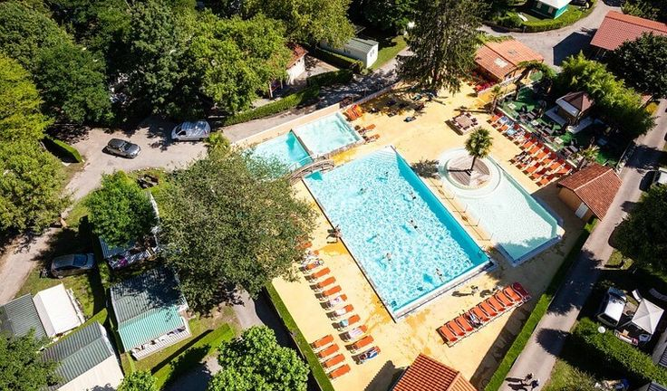 cool Camping le pre lombard http://campiday.com/product/camping-le-pre-lombard/