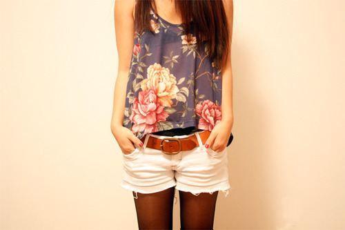 florals and belt