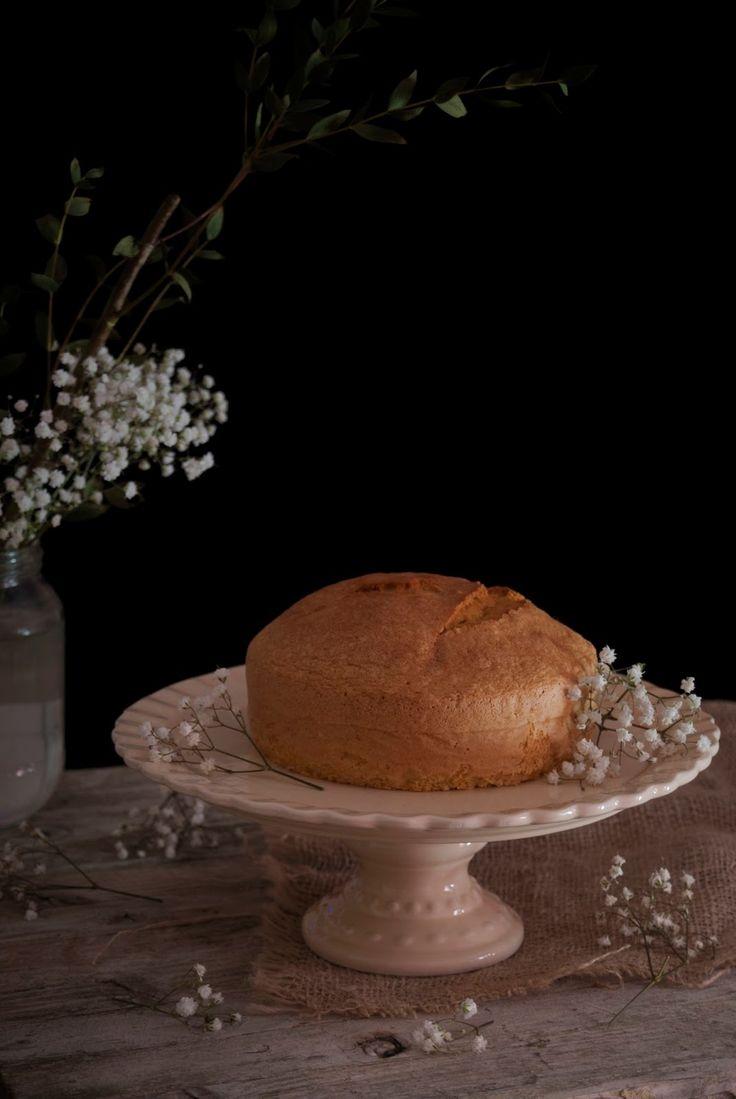 La asaltante de dulces: Bizcocho extra esponjoso de vainilla sin levadura/ No baking powder   vanilla spongy cake