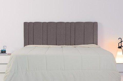 Cabecero tapizado basic es un cabecero tapizado colgado a for Muebles tapizados modernos