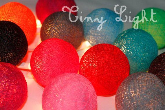 Technique mixte 20 guirlandes boule coton couleur par cnxTinyLight, 7.44€