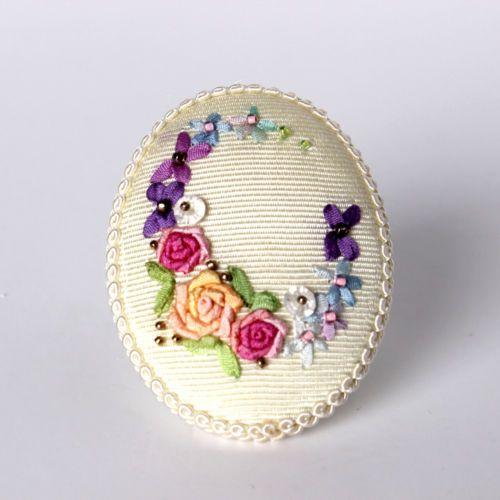 Handicraft Antique Unique Silk Ribbon Embroidery Brooch Pin Flower White