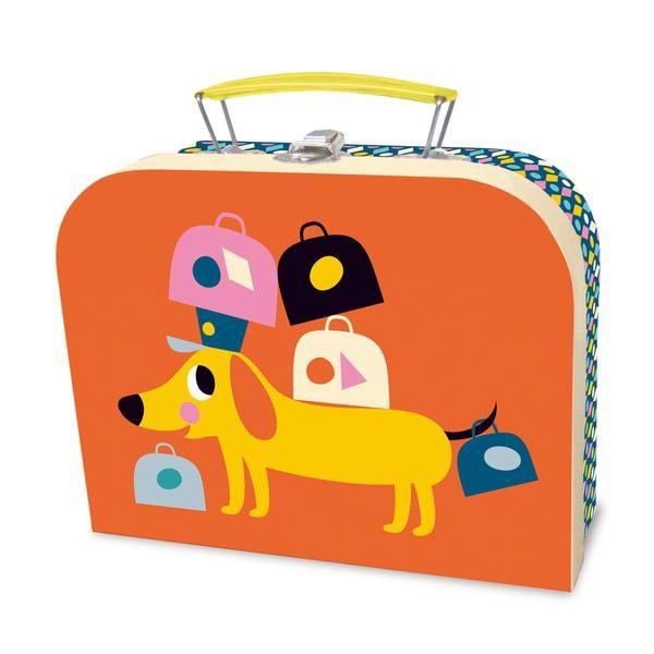 Køb det fineste Vilac kuffertsæt med illustrationer af Ingela Arrhenius her. Fine små kufferter til opbevaring af legetøj og nips. Shop direkte her.