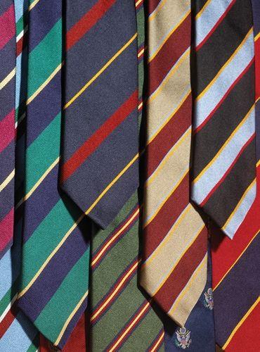 Brown and Tan Chevron Double Breasted Sport Coat in Harris Tweed Mens Ties Crafts, Custom Lapel Pins, Ivy League Style, Gentleman's Wardrobe, Ivy Style, Preppy Mens Fashion, Lapel Flower, Cool Ties, Wedding Ties
