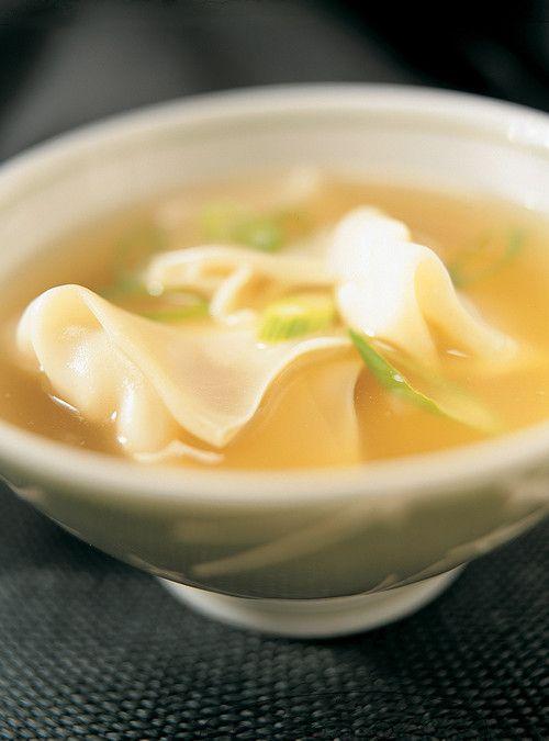 Soupe won-ton (Potage aux raviolis chinois) Recettes | Ricardo
