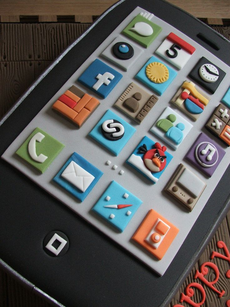 Más tamaños | iPhone birthday cake close up | Flickr: ¡Intercambio de fotos!