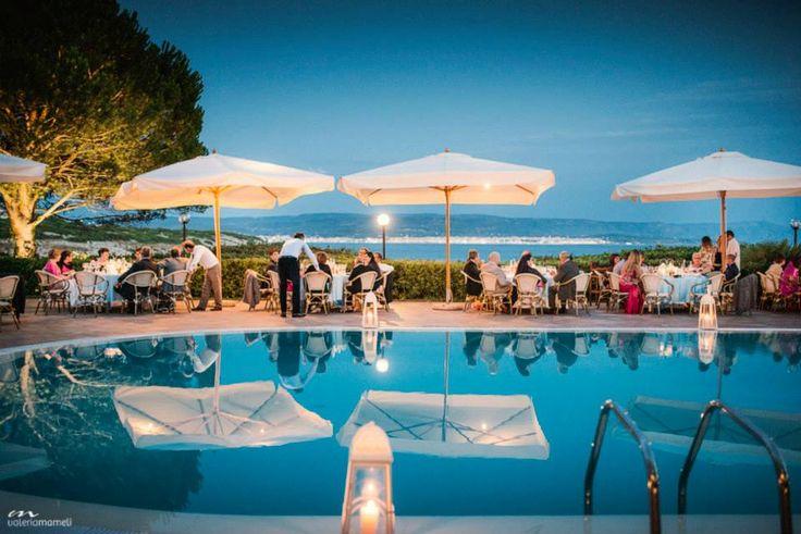 Wedding around the Swimming-pool... www.hotelpuntanegra.it
