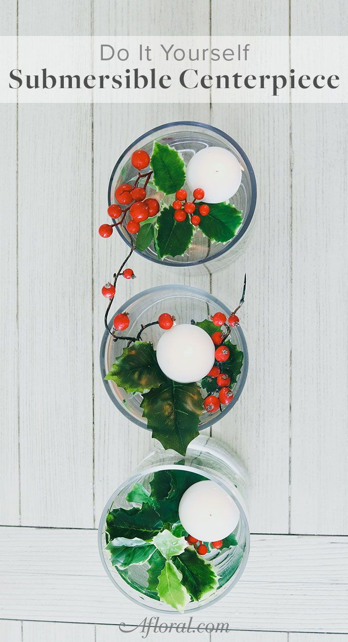 diy submersible holiday berry centerpiece holiday decorations rh pinterest com