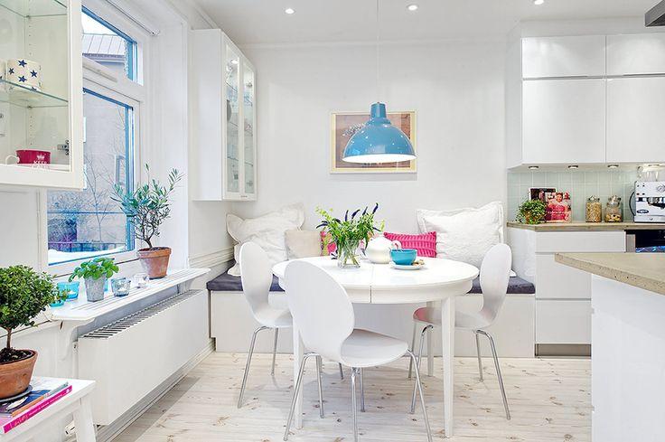 Alvhem Mäkleri och Interiör | För oss är det en livsstil att hitta hem. #dinningroom #iwant #color #table