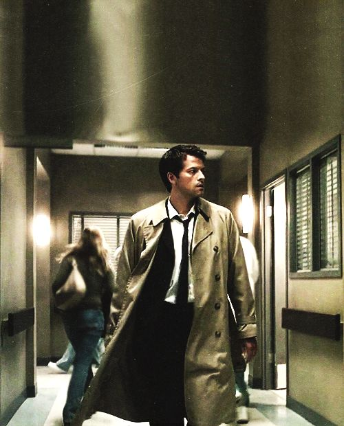 This is the best dominant Cas pic i have ever seen.