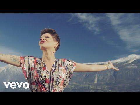 Alessandra Amoroso - Comunque andare - YouTube