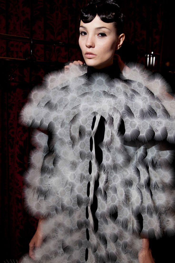 Backstage   Voltage Haute Couture