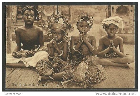 INDONESIA - Bali - In prayerful attitude.