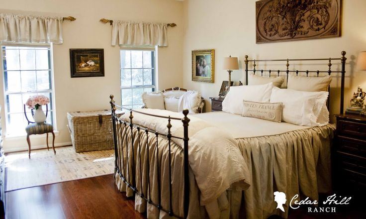 Artwork Above a Bed - Cedar Hill Farmhouse