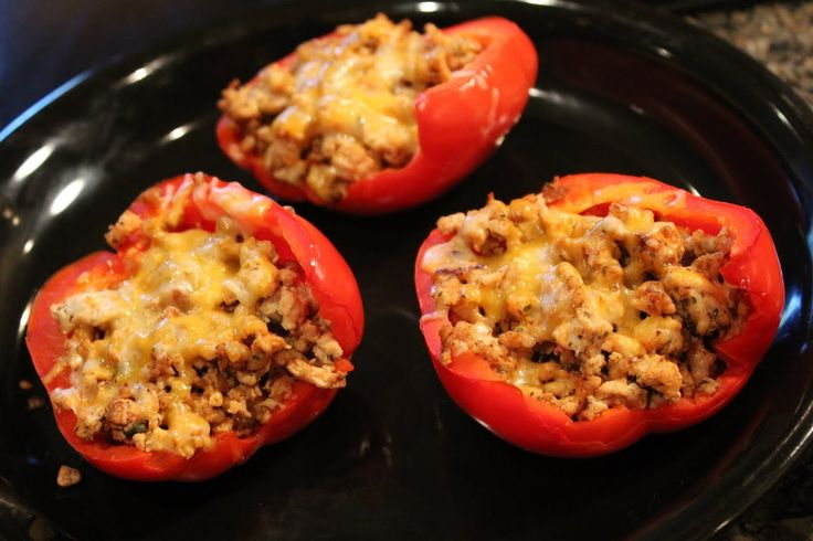 Bodybuilding Cutting Meal:  Low-Carb Ground Turkey Stuffed Peppers