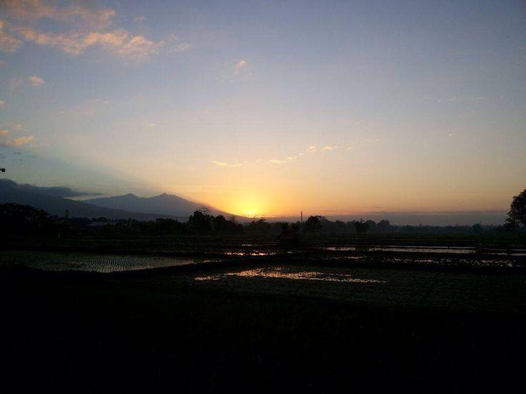 Sunset....Jln.Bung Hatta Mataram
