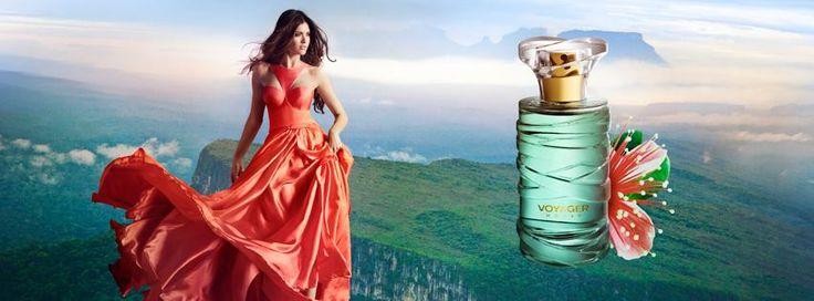 ÚJ! Voyager Woman Ez az egzotikus, elegáns illat, a híres parfümőr Fabrice Pellegrin alkotása. Az Eau de Toilette a kaland jegyében kel életre, a három, speciális összetevőnek köszönhetően: mirtuszdió gyümölcse & virága, jázmin, pézsma. A ritka összetevők együttesen hozzák létre az összhangot, mely megfelel egy független nő  kívánalmának. Izgalmas illat a hölgyeknek, akik ki akarnak törni a mindennapi életből. Nem véletlen a parfüm névválasztása, Voyager, mint utas, utazó...