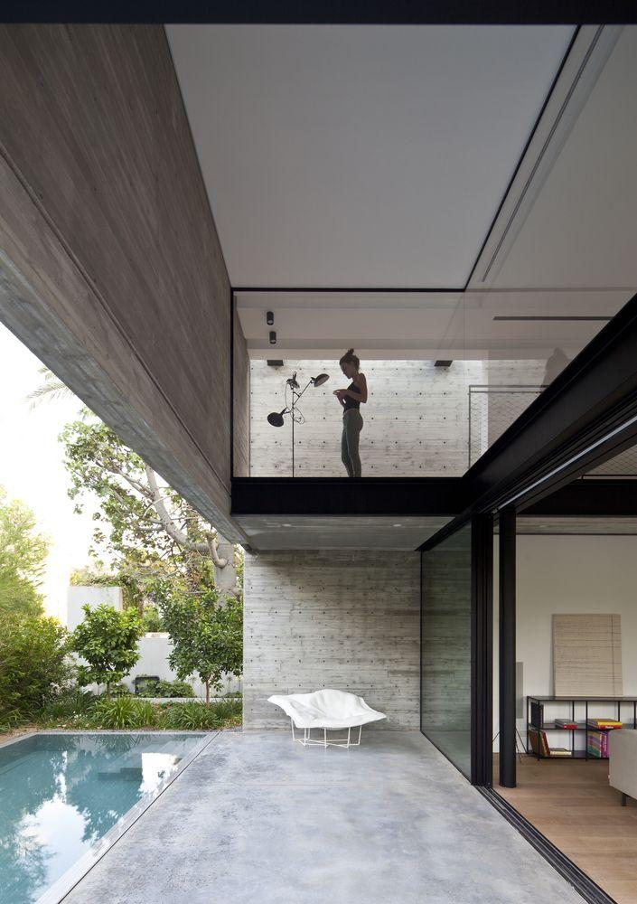 Gallery of SB House / Pitsou Kedem Architects - 16