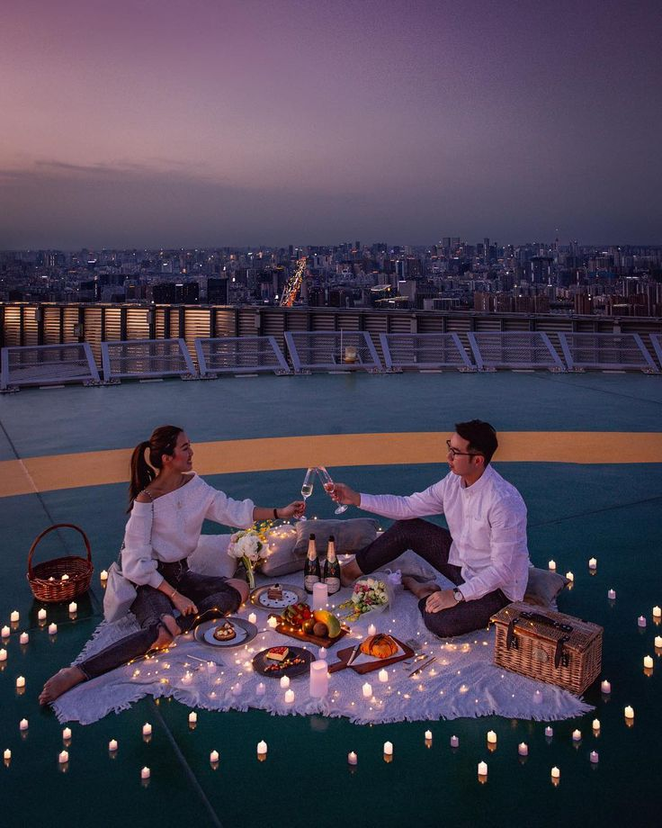 Date night ideas and candle light dinner romantic