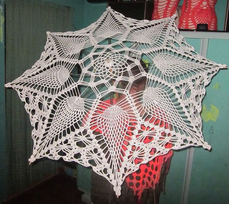 Crochet umbrella made by Mjanski