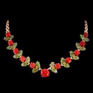 Роскошное ожерелье из коралла и нефрита