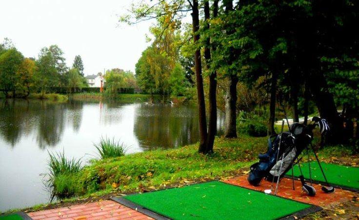 Witajcie, W związku z nastaniem pięknej letniej pogody zachęcamy wszystkich do aktywności fizycznej. Naszym Gościom polecamy golf wodny ( http://manorhouse.pl/html/golf_wodny3.php )  A jaką aktywność fizyczną Wy polecacie?  Udanego weekendu!