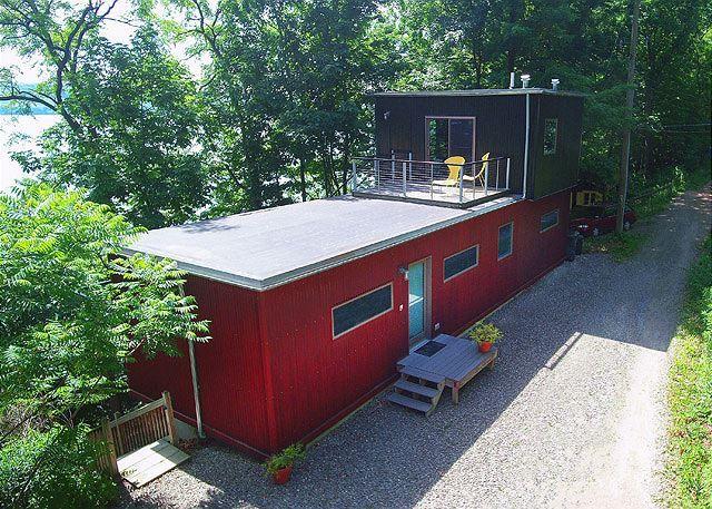 Seneca Lake Vacation Rentals: Avant-garde Seneca | Finger Lakes Rentals | Lakeside Seneca Lake Rentals
