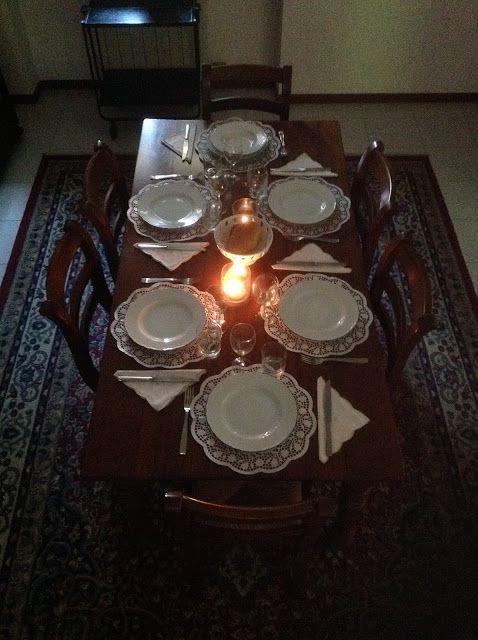 Siamo nell'Italia di fine Ottocento e in cucina, come in molti altri ambiti della vita quotidiana, si afferma lo stile borghese, uno stile ...