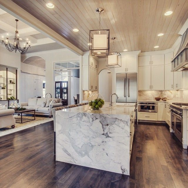 This Marble Waterfall Island Was A Hit In Our Parade Home Waterfallisland Tennesseevalleyhomes Customhomebuilder Circalighting Ki