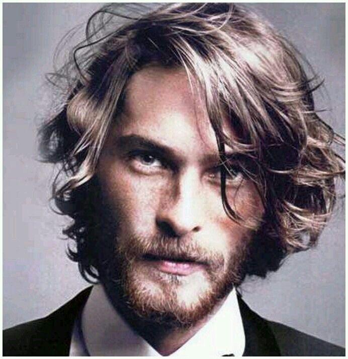 Long men's hair