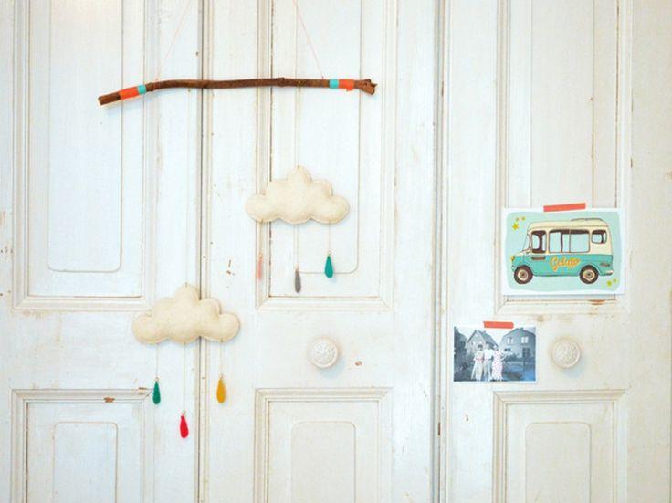 DIY-Anleitung: Wolken-Mobile basteln via DaWanda.com