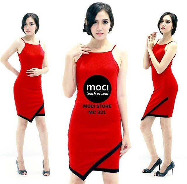��MC 321 Price : IDR 280.000 Detail : bodycon dress Colour/size : red (S,M,L) Matt : scuba premium strecth Order/ info lebih lanjut hubungi yang ada di bio atau Dm instagram thanks  #moci#moci_touch#handmade #premiumdress#premium#dress#fashion#celebrity#limited#original#sexydress#jumpsuit#pants#skrit#chlotes#update#lace#tulle#cotton#shoping#online#hunting http://tipsrazzi.com/ipost/1517982282589551531/?code=BUQ9NfpFjur