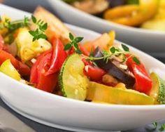 Ratatouille sans huile attrape-kilos : http://www.fourchette-et-bikini.fr/recettes/recettes-minceur/ratatouille-sans-huile-attrape-kilos.html
