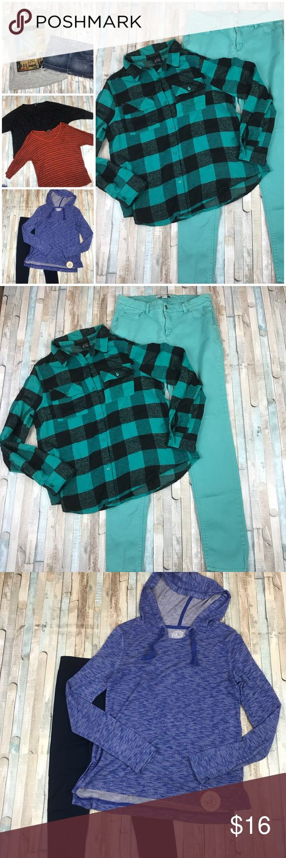 8 Piece Juniors Lot Medium Sz 29 Jeans 8 Piece Juniors Lot. Size 29 and Medium. Rue 21 Buffalo Plaid flannel shirt. Forever 21 Teal skinny jeans, Guess jean mini skirt, H & M Brooklyn Tee, 2 Forever 21 dolman Sleeve boxy shirts, navy leggings, New with tags So blue hooded top from Kohl's. All but 1 in pre-owned condition. Please do not bundle with this lot because it reaches the max you pay for with the shipping rate. Feel free to ask questions! Forever 21 Jeans Skinny