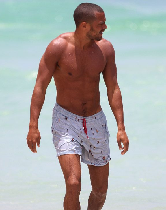 Shirtless Jesse Williams from #greysanatomy. You're welcome.