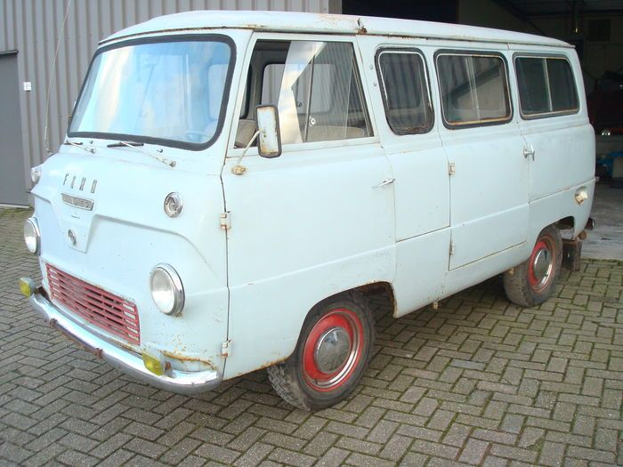 Catawiki online auction house: Ford Thames 400e - 1964