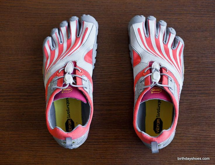 Spyridon LS Vibram FiveFingers - Spring 2012 trail running toe shoes feature a new five-toed rubber sole with a mesh inlay that works to distribute force. This is a review of the women's.