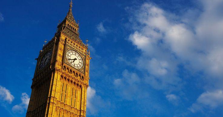 Cómo obtener una visa de trabajo en Inglaterra. Trabajar en el extranjero en Inglaterra puede ser una experiencia muy gratificante. Te da la oportunidad de aprender sobre otra cultura al mismo tiempo que ganas dinero. En tu tiempo libre, puedes hacer turismo y ver todo tipo de castillos, visitar Stonehenge y ver el cambio de guardia en el Palacio de Buckingham en Londres. Para poder trabajar en ...