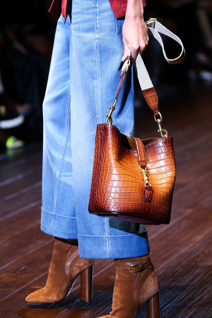Accessories from the early 70s are the defining source of inspiration for spring/summer 15. The bucket bag is one of the key items. www.stylestaples.com.au