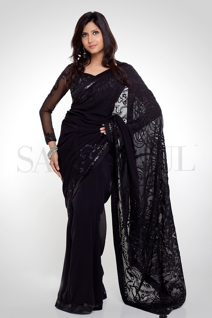 people always under rate long sleeve sarees, they're so legit