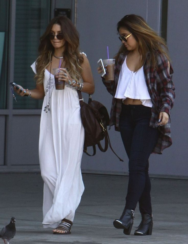 Stella Hudgens in Vanessa Hudgens Hangs Out with Her Sister