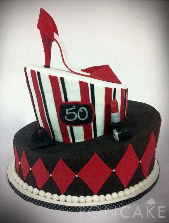 Red High Heel Cake - 50 Years Cake - Fashionista Cake - Torta de Tacón Rojo - Torta 50 Años - Torta Fashionista