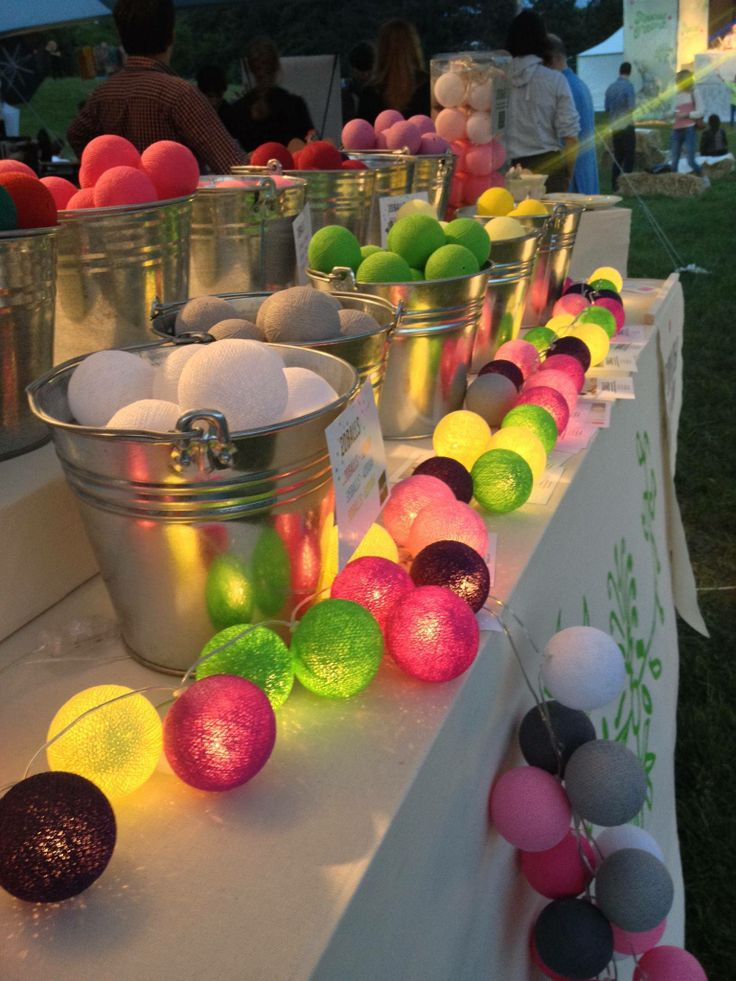Vi körde en annorlunda midsommarbuffé ;) #cottonballs#cottonballights#fairtrade#inredningstips#inredningsblogg#belysning#harmoni#trender#mysigt#midsommar