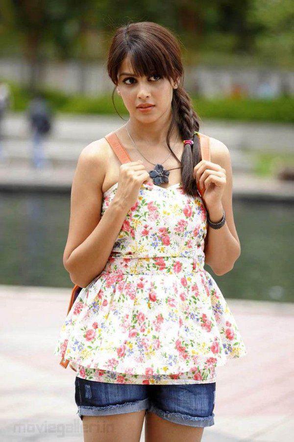 227 best images about Genelia D'Souza on Pinterest ...