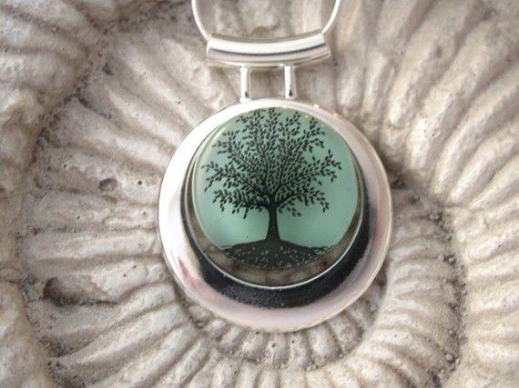 tree of life: Glasses Pendants, Life My Origini, Trees Of Life, Cheat Wife, Design Bags, Dichroic Glasses, Trees Pendants, Life Beautiful, Tree Of Life
