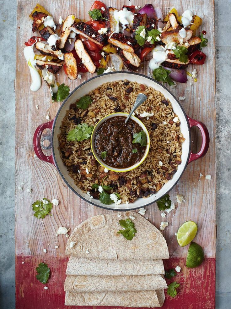 Sizzling chicken fajitas grilled peppers, salsa, rice & beans (Jamie Oliver's 15 minutes meals)